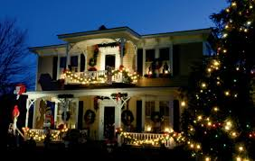 outdoor holiday lighting ideas architecture.  outdoor 20 mesmerizing outdoor christmas lighting ideas with holiday architecture