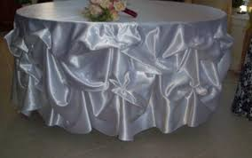 paper commo tablecloths checd and target round tablecloth est standard vinyl bulk white large red for fitted lace table cloth sizes small black
