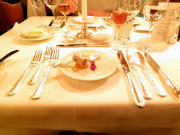 Setting A Dinner Table Candlelight Dinner Table Setting Candlelight Dinner Table Settingjpg