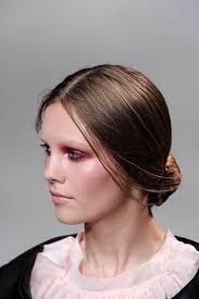 Tips to Create Cute Bun Hairstyle - ninariccispring2011rtw