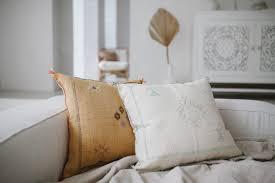 <b>Декоративные</b> килим <b>подушки</b>, марокканские <b>подушки</b> и <b>подушки</b> ...