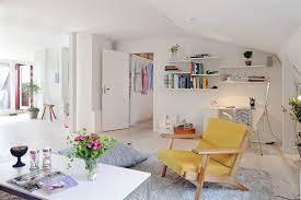 Decorating Ideas For Apartment No Headboard No Problem - Vintage studio apartment design