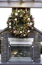 large outdoor wreath large outdoor commercial wreaths downtown decorations within big wreath large outdoor wreaths large outdoor wreath