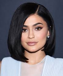 i tried kylie jenner s 18 step makeup routine here s what happened