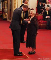 "The Royal Family on Twitter: ""Myrtle Simpson, the first woman to ski across  Greenland, received the Polar Medal from The Duke of Cambridge at today's  Investiture.… https://t.co/PSnxxgALTo"""