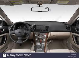 2007 Subaru Legacy 2.5i Limited in White - Dashboard, center ...