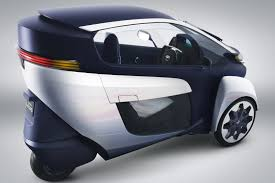 VIDEO: Toyota i-Road Electric Car City Driving - AutoTribute