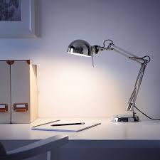 Đèn để bàn làm việc học bài FORSÅ IKEA – Huyenikea