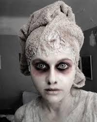 10 diy y and crazy makeup ideas