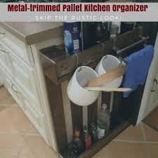 pallets into furniture. Metal-trimmed Pallet Kitchen Shelf / étagère De Cuisine : Palette Et Métal Pallets Into Furniture