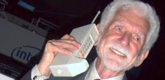 motorola 8000x. in 1973, motorola was the first company to produce a handheld mobile phone. on 3 april dr. martin cooper, researcher and executive who has 8000x