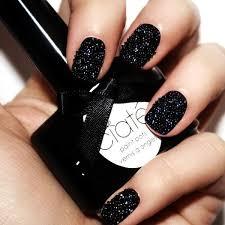 black nail art designs and ideas 28