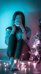 Cute Girl Coffee Lights Christmas Tree ...