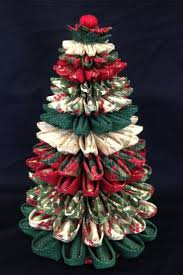 Best 25 Quilted Fabric Ornaments Ideas On Pinterest  DIY Quilted Quilted Christmas Crafts