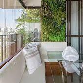Mesa em tronco de árvore para o canto da sala,quarto ou varanda. Varanda E Canto Alemao Estilos De Casa Decoracao De Sacadas Jardim Vertical