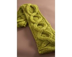 Cable Knit Scarf Pattern Simple Faux Cable Scarf Pattern Knit Lion Brand Yarn