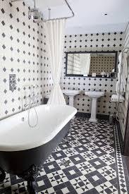 black white tile idea