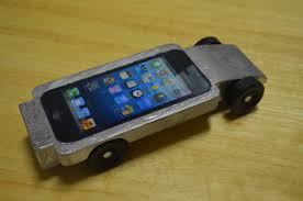 pinewood derby race cars my son s iphone pinewood derby car wired