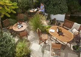 how to spruce up your garden furniture