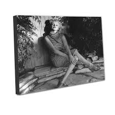 Marilyn Monroe Stuff For Bedroom Everything Marilyn Monroe Gifts And Collectibles Retroplanetcom