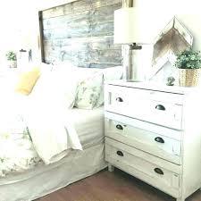 White Wood Bedroom Furniture White Distressed Bedroom Furniture ...