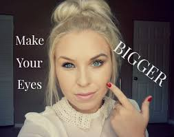 today i wanna show you how to make your eyes look larger super easy tips