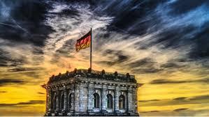 Deutschland, pronounced ˈdɔʏtʃlant ( listen)), officially the federal republic of germany,e is a country in central europe. Warum Heisst Deutschland Deutschland Das Steckt Dahinter Focus De
