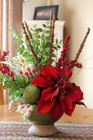 Choosing Unique Christmas Centerpieces for Table in Dining Room : Beautiful  Christmas Flower Vase Arrangements Ideas