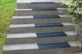 Je nachdem ob die treppen gerade oder gewendelt stufen haben, ist der preis unterschiedlich hoch. Gummi Treppenstufen Trittschutz Aussen Blockstufen Treppen Stein Granit Ebay