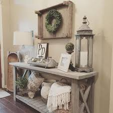 1. Country Cottage Inspired Entryway Design