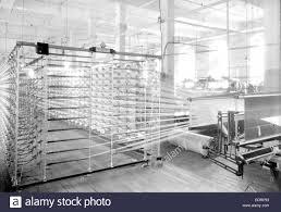 Paterson, New Jersey - Prodotti tessili. Avvolgimento di Jackson e società  di orditura. Immagine di un Sipp-Eastwood DY tipo di alta velocità orditoio  Foto stock - Alamy