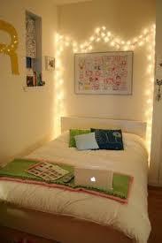 dorm room lighting ideas. como valorizar a iluminao da sua casa usando piscapisca e luminrias com fio christmas lights in bedroomsimple dorm room lighting ideas 0