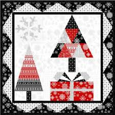 Quilt Inspiration: Free pattern day: Christmas quilts (part 1): Trees! & Christmas Tree wall hanging, ~36 x 36