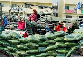 ตลาดสี่มุมเมือง รวมเครือข่ายรถเร่ พร้อมส่งตรงถึงหน้าบ้าน  ช่วยทั้งผู้ค้าและเกษตรกร - 77 ข่าวเด็ด