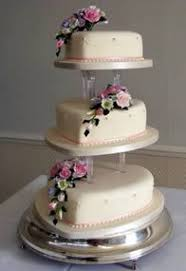 19 Top 3 Tier Heart Wedding Cakes Images Heart Cakes Heart Shaped