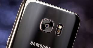 The character, which already existed in 2d, underwent a complete redesign to return to. Samsung To Launch Ai Digital Assistant With Galaxy S8 Cnet