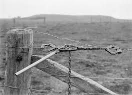 wire farm fence. Wire Strainer Farm Fence