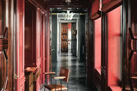 Peek inside a striking renovation in Chicago's Palmolive Building ...