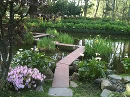 Lawn & Garden:Small Japanese Bridge With Plant Decoration Japanese Garden  With Zig Zag Bridge