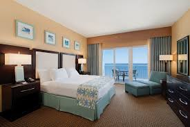 New Orleans Hotel Suites 2 Bedroom Bedrooms Suites For Sale Hilton New Orleans Riverside Hotel La