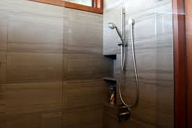 Amazing Neutral Stones Pattern Marble Shower Wall Tiled Added Chrome Head  Shower And Niche Shower Designs