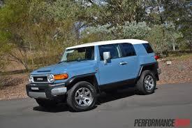 2014 Toyota FJ Cruiser review (video) | PerformanceDrive
