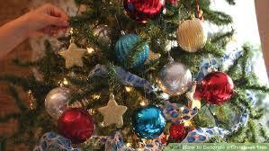 image titled decorate. Image Titled Decorate A Tree Step Hanging Christmas Lights Vertically Lighting Director G
