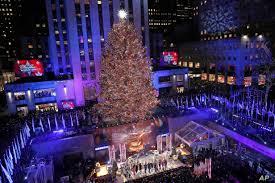 Rockefeller Tree Lighting 2019 Rockefeller Center Christmas Tree Lights Up Season Voice