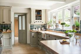 Best Paint For Kitchen Cabinets 8 Paints To Transform Your Space Instantly Real Homes