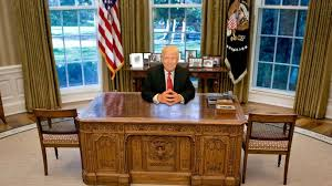 oval office furniture. Brendan Smialowski-Pool/Getty Images; Susan Watts/NY Daily News Via Getty Images Oval Office Furniture N