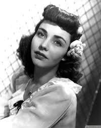 per bangs 40 s hairstyle bestpickr 1940s hairstyles