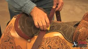 how to remove mold and mildew on leather