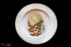 Cate, e-uri contine o felie de paine?
