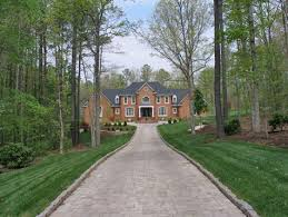 Crushed Granite Driveway Ideas U2014 The Wooden HousesBackyard Driveway Ideas